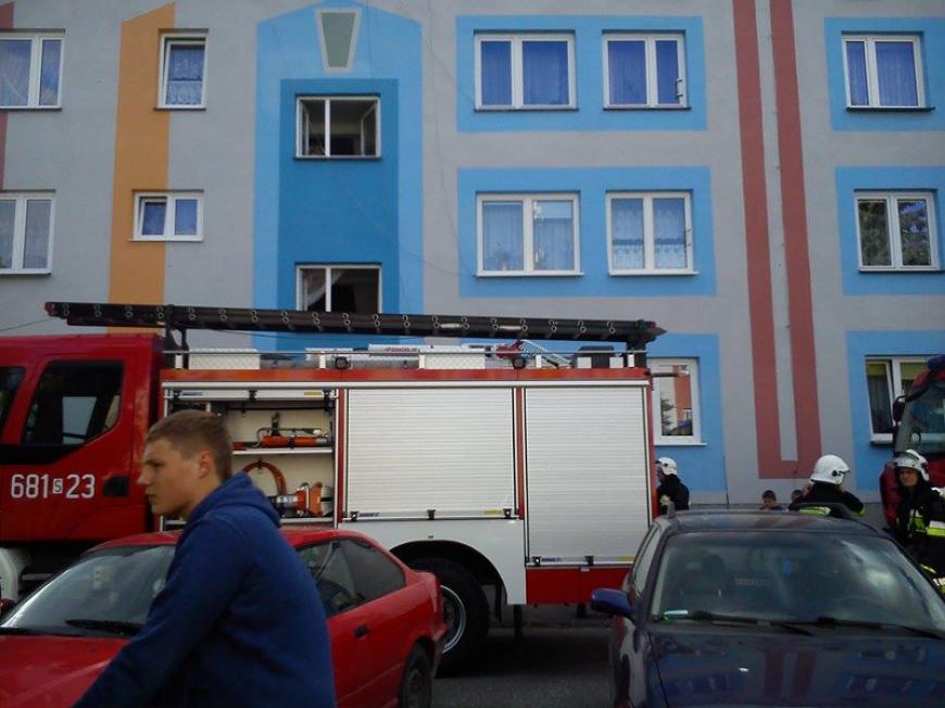 Pożar mieszkania na osiedlu 3 maja w Szczekocinach