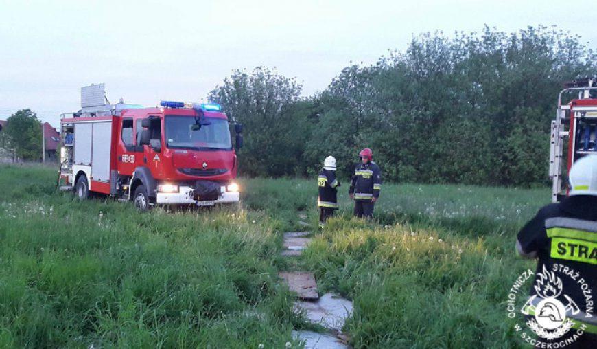 Pożar pomieszczenia gospodarczego przy ul. Polnej w Szczekocinach.