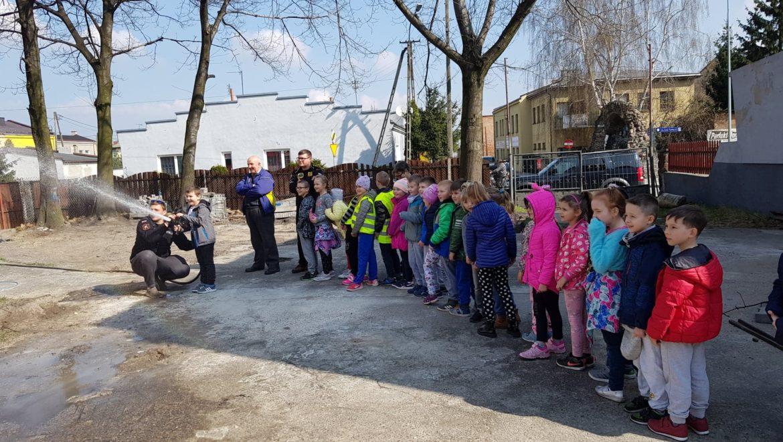 Odwiedziny dzieci ze Szkoły Podstawowej